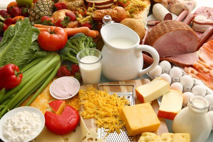 Có chế độ ăn uống hợp lý là một trong những cách phòng tránh ung thư vòm họng.