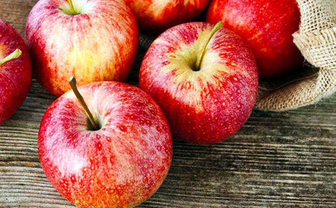 Táo là trái cây hữu ích cho việc hỗ trợ quá trình điều trị tai biến não