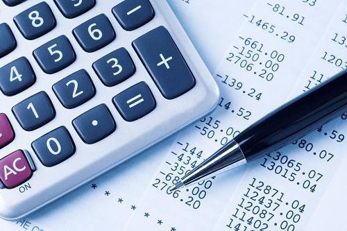 Chi phí tầm soát ung thư phụ thuộc vào nhiều yếu tố như: Tuổi tác, giới tính hay các xét nghiệm được chỉ định