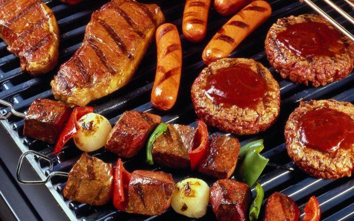 Thức ăn nướng là những thực phẩm mà người bị ung thư nên kiêng