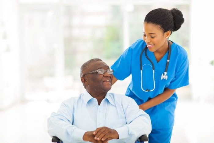 Thăm khám bác sĩ thường xuyên để tầm soát ung thư gan hoàn hảo