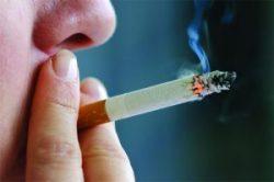 Hút thuốc lá gia tăng nguy cơ ung thư vòm họng