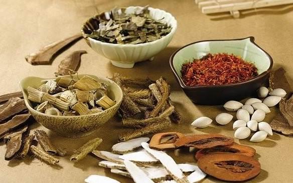 Đông y lưu truyền nhiều bài thuốc nam chữa ung thư di căn