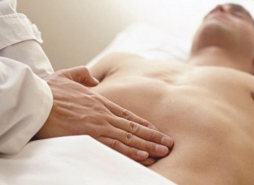 Triệu chứng ung thư dạ dày giai đoạn 1 cần điều trị như thế nào?