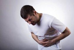 Người bị ung thư dạ dày sẽ có biểu hiện đau quặn thắt