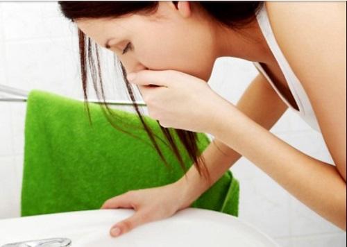 Triệu chứng buồn nôn khi mắc ung thư cổ tử cung
