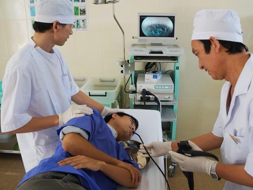 Nội soi là phương pháp xét nghiệm ung thư dạ dày phổ biến.