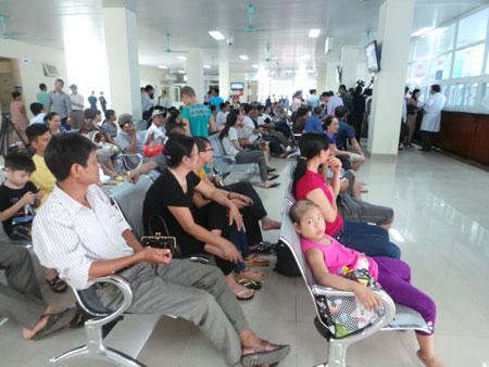 Bệnh nhân đến khám tại bệnh viện K Tân Triều Hà Đông