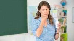 Khó nuốt chính là triệu chứng đầu tiên của ung thư vòm họng
