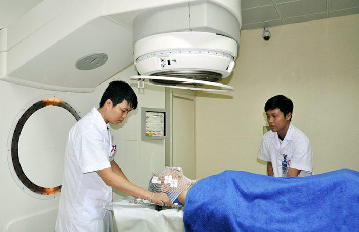 Bệnh nhân điều trị tại bệnh viện Bạch Mai
