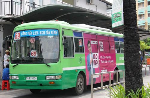 Đi xe buýt tới bệnh viện Ung bướu TP HCM