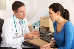 Hãy trao đổi với bác sĩ về tình trạng sức khỏe hiện tại của mình để được bác sĩ tư vấn và đưa ra hướng điều trị thích hợp
