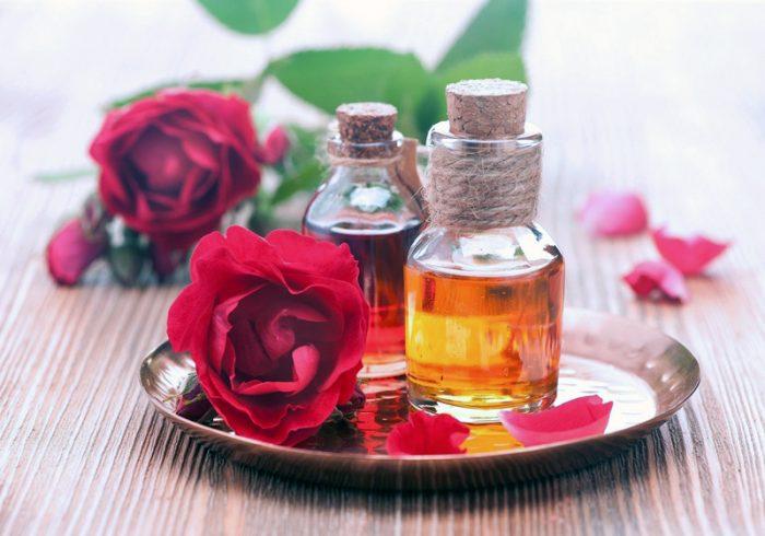 Hình ảnh tinh dầu từ hoa hồng