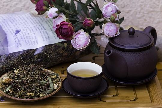Trà sơn mật hồng sâm là loại đồ uống được nhiều người ưa chuộng