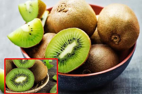 Kiwi có chứa nhiều Vitamin K, Vitamin C tốt cho sức đề kháng
